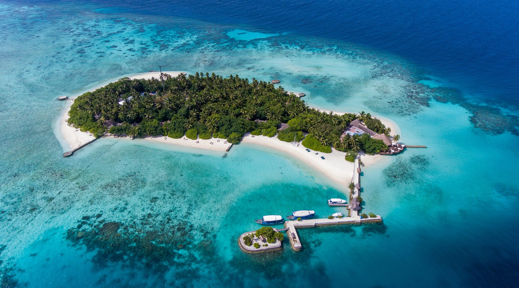 Makunudu Island Resort Contact
