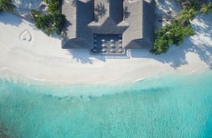 Malahini Kuda Bandos Resort – Male' Atoll