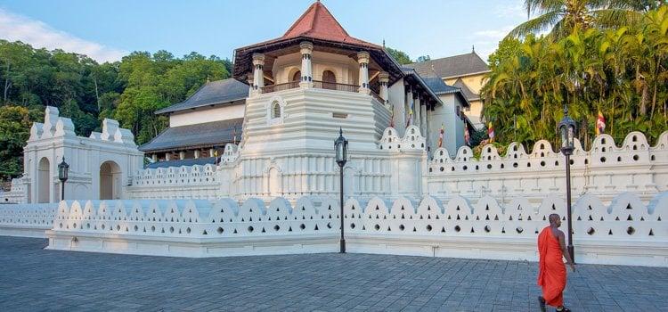 Sri Lanka Tour 3 Days Package - Kandy Trip
