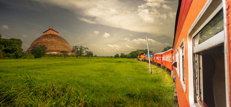sri lanka vacations 15 days anuradhapura train ride